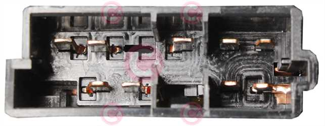 CLS70402 PLUG PSA Type 12V